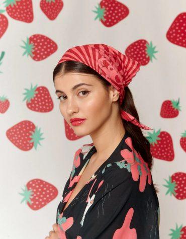 Karavan Asa Headscarf Red Fans