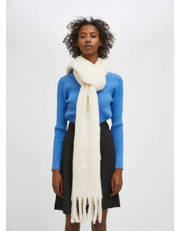 Compania Fantastica White Soft Knitted Scarf With Fringe Detail 1
