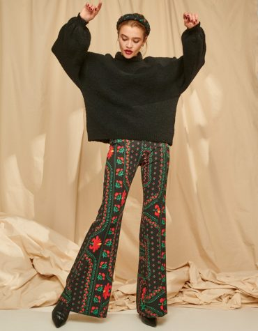 Karavan Drew Flare Pants Embroidery Like Pattern Black